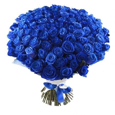 Bellissimo bouquet con 100 meravigliose rose blu