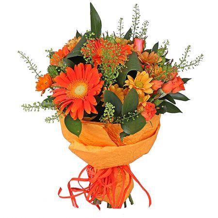 Bouquet di gerbere arancio e fiori misti di stagione arancioni