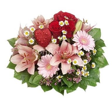 Bouquet con rose rosse, gerbere rosa e lilium rosa