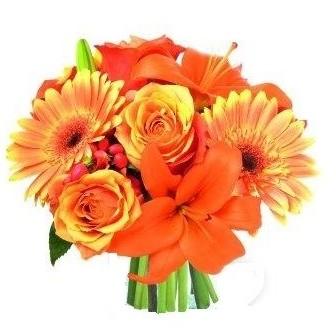 bouquet con fiori arancioni
