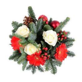 Bouquet natalizio con rose bianche e gerbere rosse
