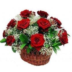 Cesto con rose rosse spedizione online