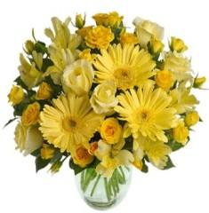 Bouquet giallo con gerbere, rose, astromerie