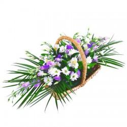 Cesto di fiori freschi composizione fiori per funerale