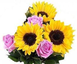 Bouquet con 3 girasoli e 3 rose rosa