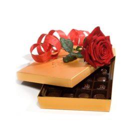 Rose e cioccolattini acquisto e invio online consegna a domicilio