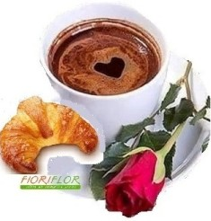 una rosa rossa, un cornetto, ed un caffeè