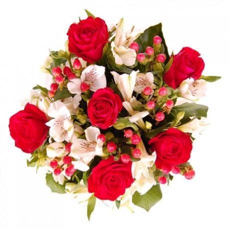 Mazzo di rose rosse e astromerie bianche