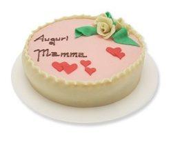 torta con scritta auguri mamma