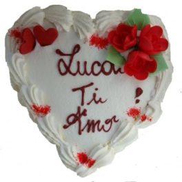 torta a cuore con scritta ti amo invio online